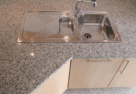 k che hetzel gmbh naturstein granit marmor produkt grabmal kueche bad treppen. Black Bedroom Furniture Sets. Home Design Ideas